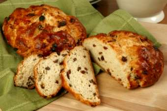 Irish soda bread with currants.