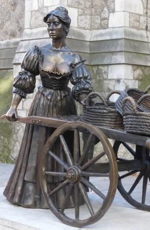 Molly Malone statue, 2014.
