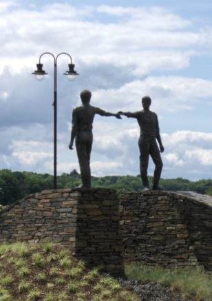 Derry sculpture