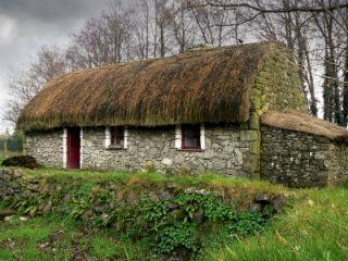 Thatched Irish cottage